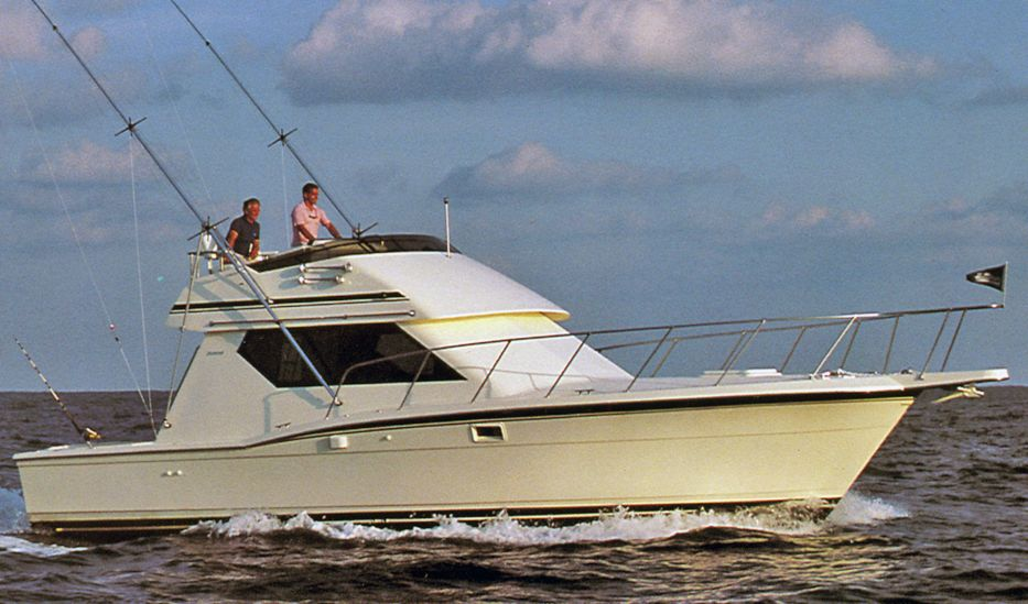 Powerboat Guide Boat Reviews Specifications Amp Reference Tool