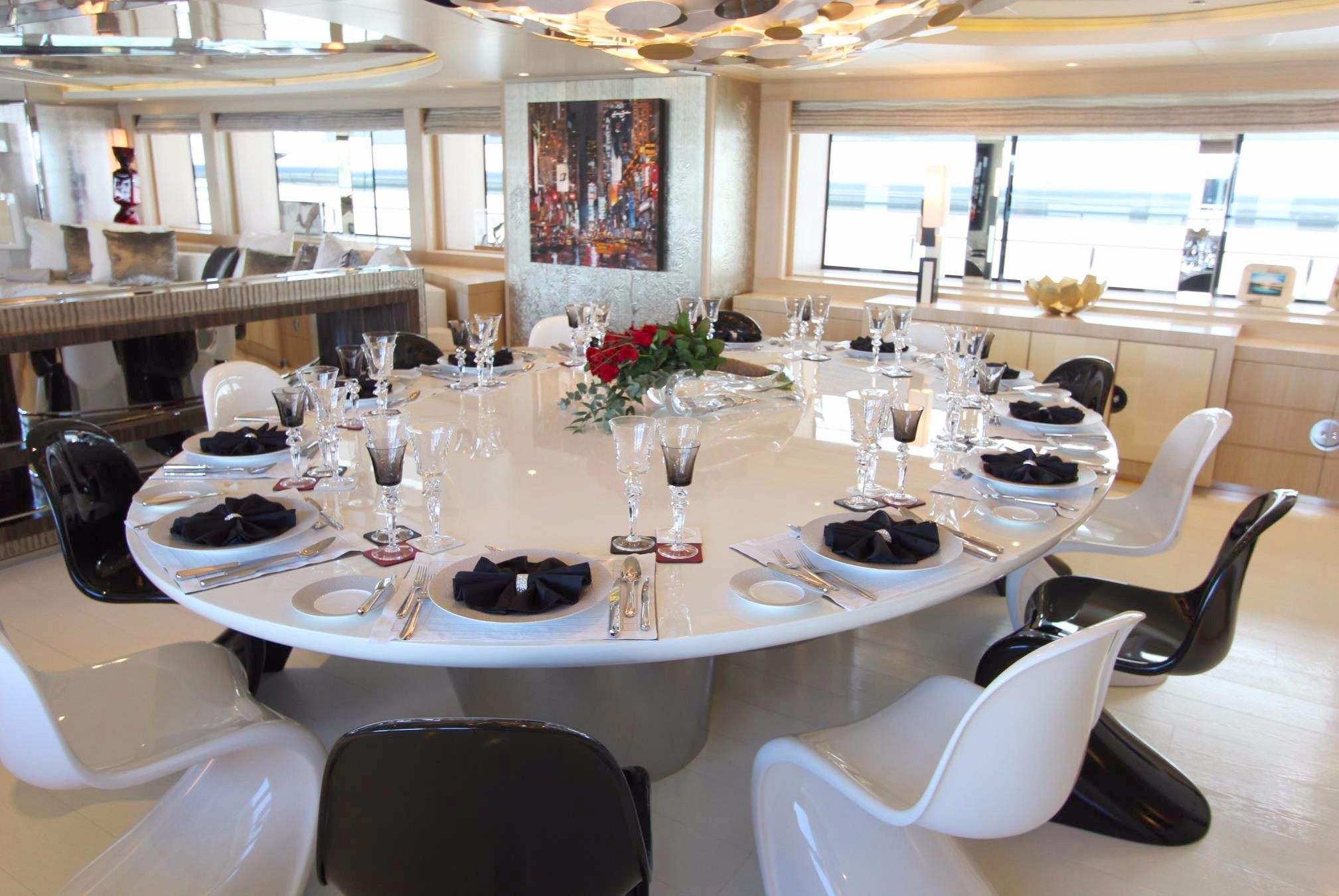 197 CRN Panoramic Dining