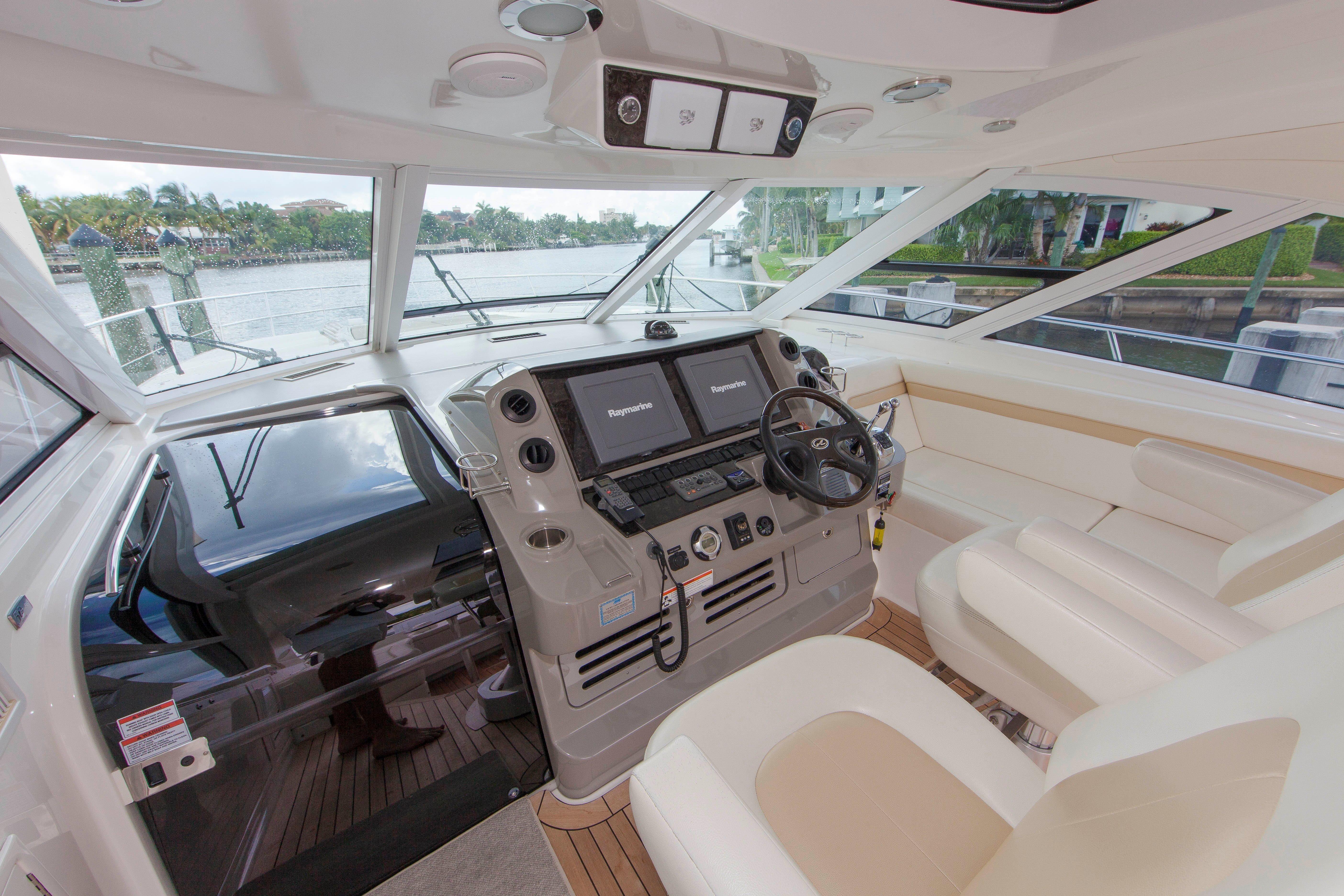 54 Sea Ray Helm Controls