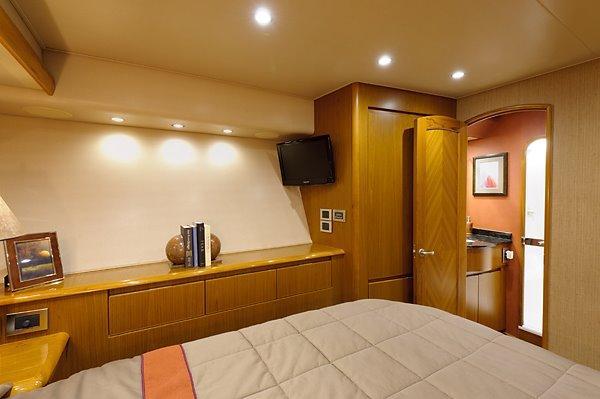 82 Viking Port Guest Stateroom
