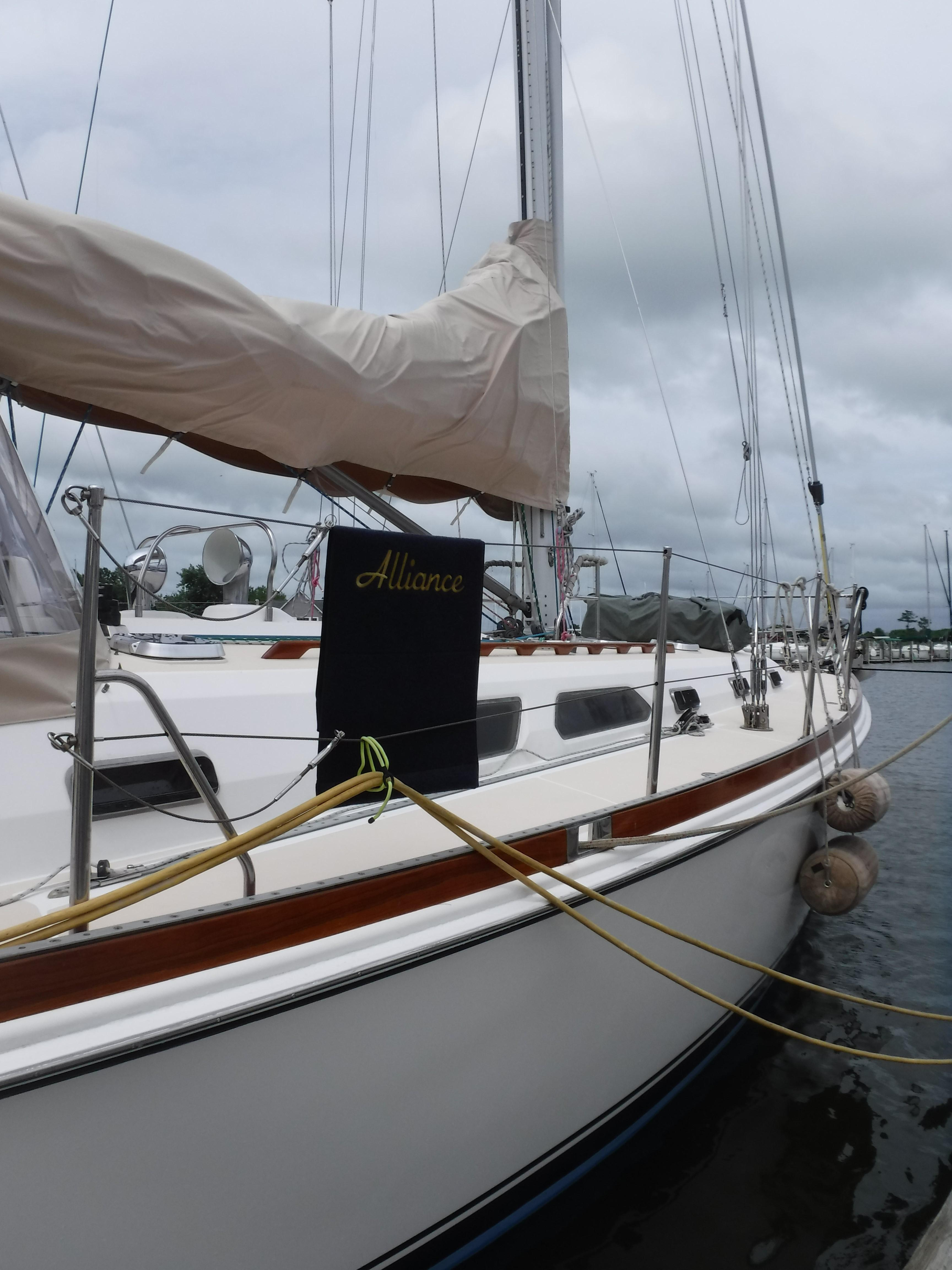 6632418_20180726092702647_1_XLARGE sabre 45 yachts for sale