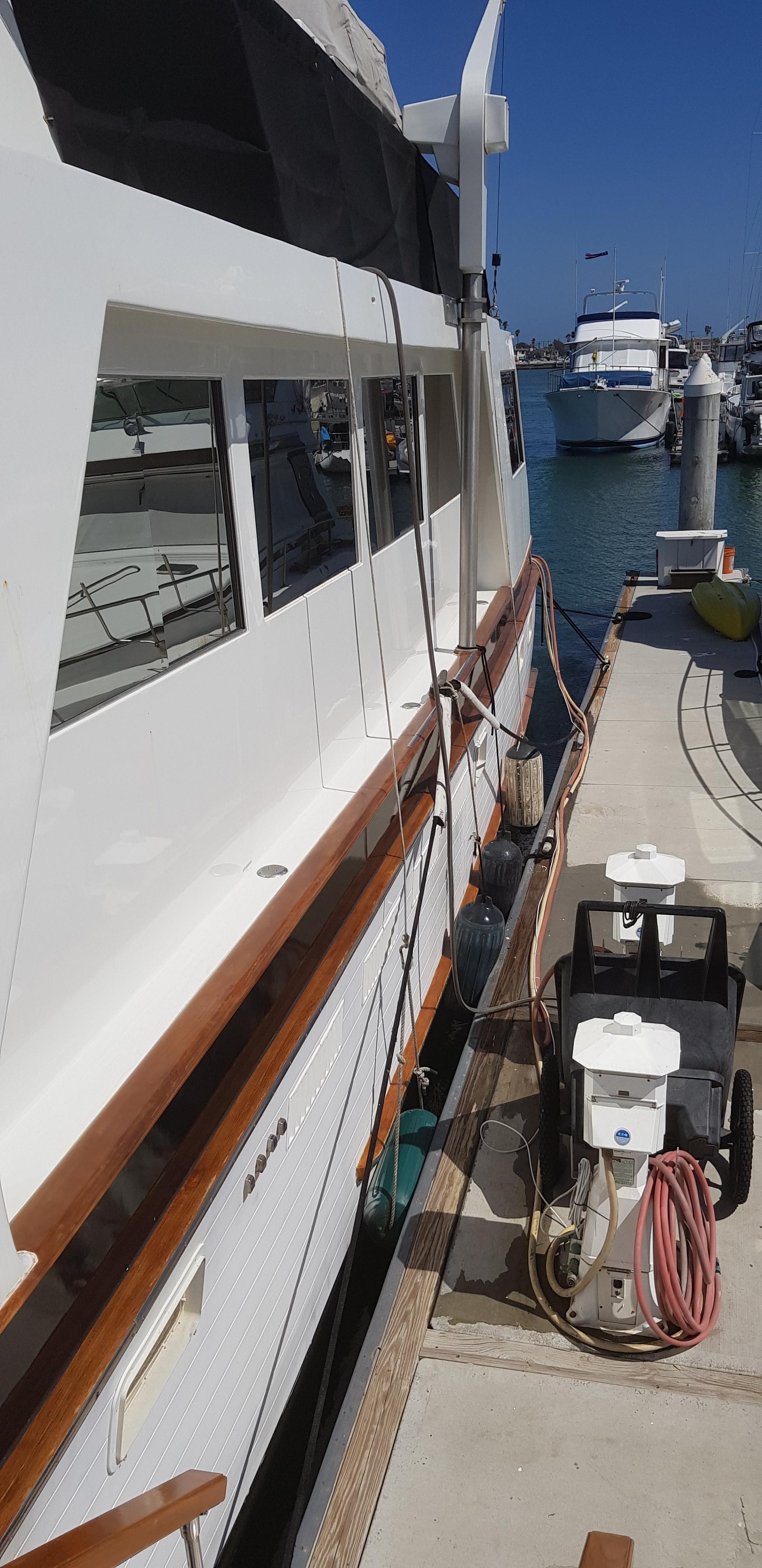 76 Ocean Alexander
