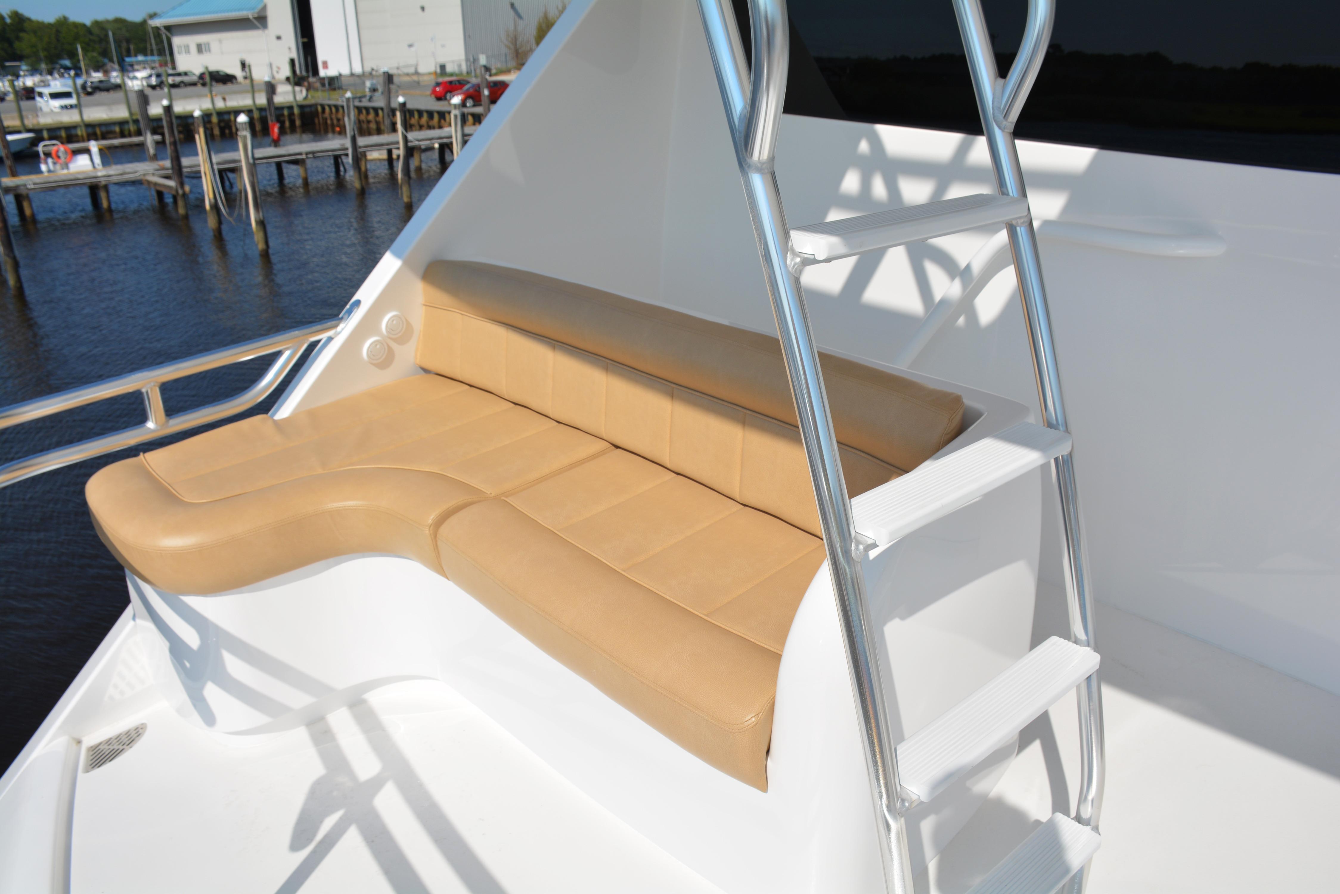 92 Viking Aft Bridge Seating
