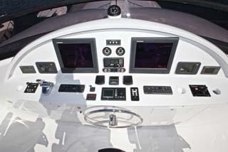 136 Hargrave Flybridge Helm