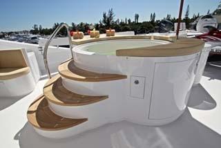 136 Hargrave Sun Lounge