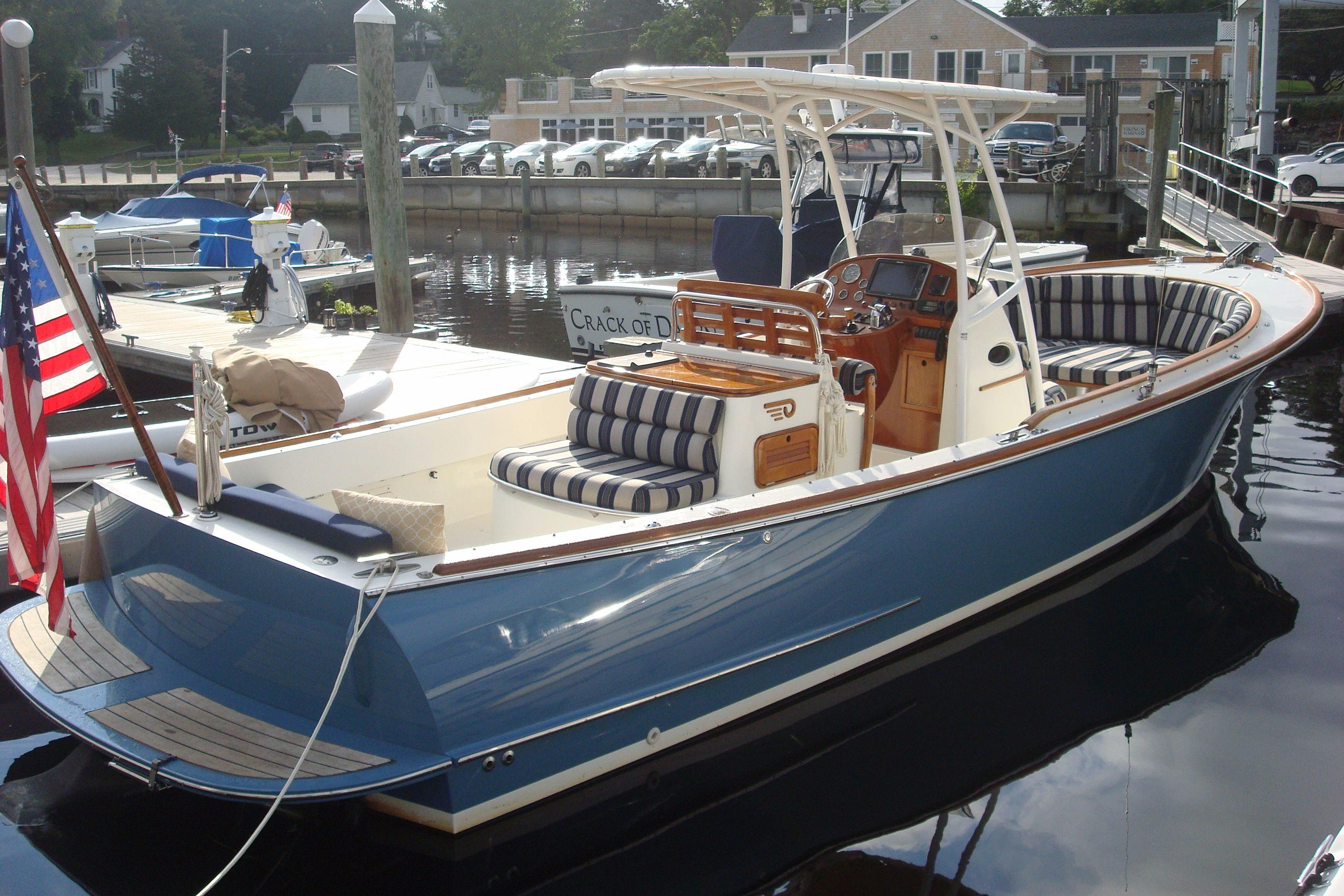Lucky Ducts Hinckley 29 Yachts for Sale