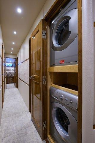80 Viking Washer/Dryer