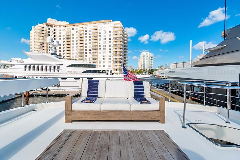 78 Ocean Alexander Boat Deck