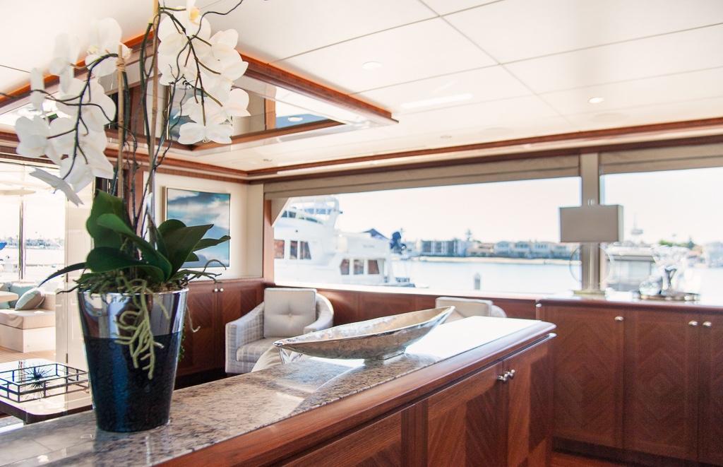 85 Ocean Alexander
