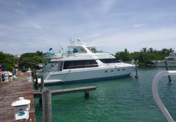 57' CARVER YACHTS 2002