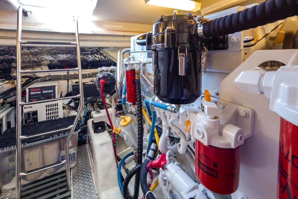 Sea To Ski Tiara 47 Yachts For Sale Generator Wiring Diagram Besides Onan 6 5 Genset Rv