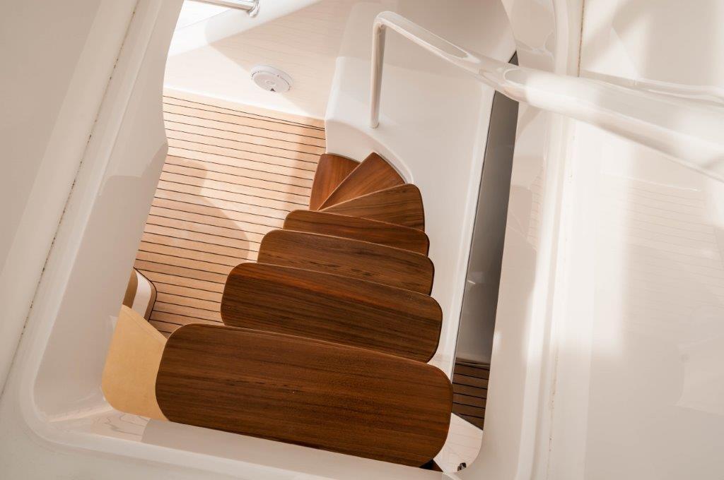 92 Viking Balcony Stairs
