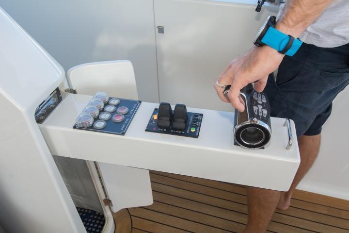 85 Ocean Alexander Aft controls -starboard side