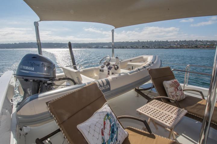 85 Ocean Alexander Boat deck 3
