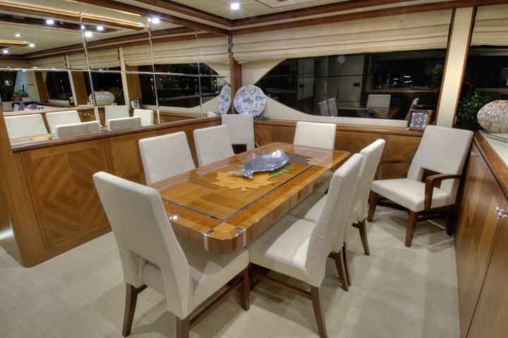85 Ocean Alexander Formal dinning