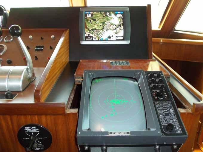 77 Hatteras Helm Detail Starboard