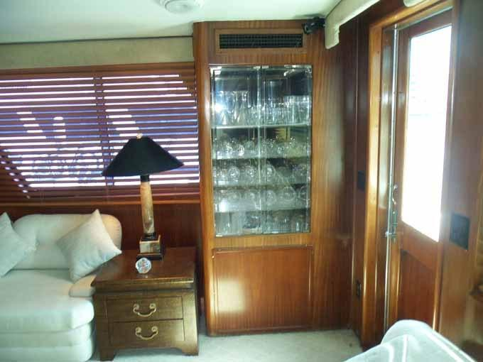 77 Hatteras Glass Storage