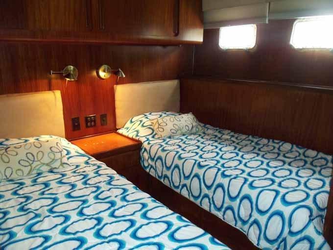 77 Hatteras Portside Cabin