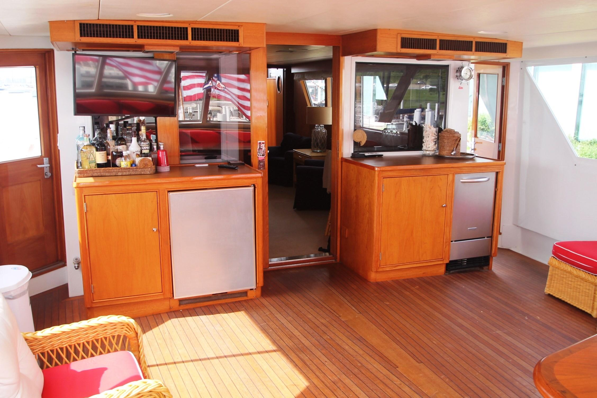 86 Burger AFT Deck looking FWD