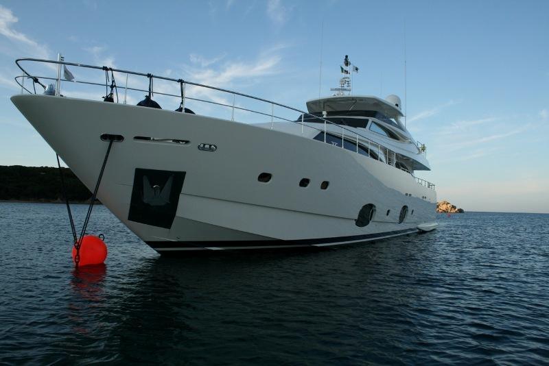 97 Ferretti Yachts at anchor