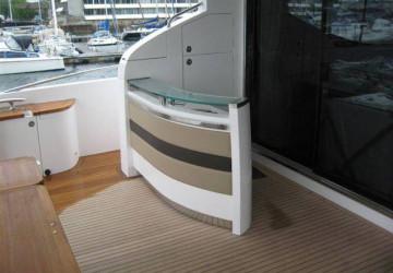 85' Princess Yachts 2010