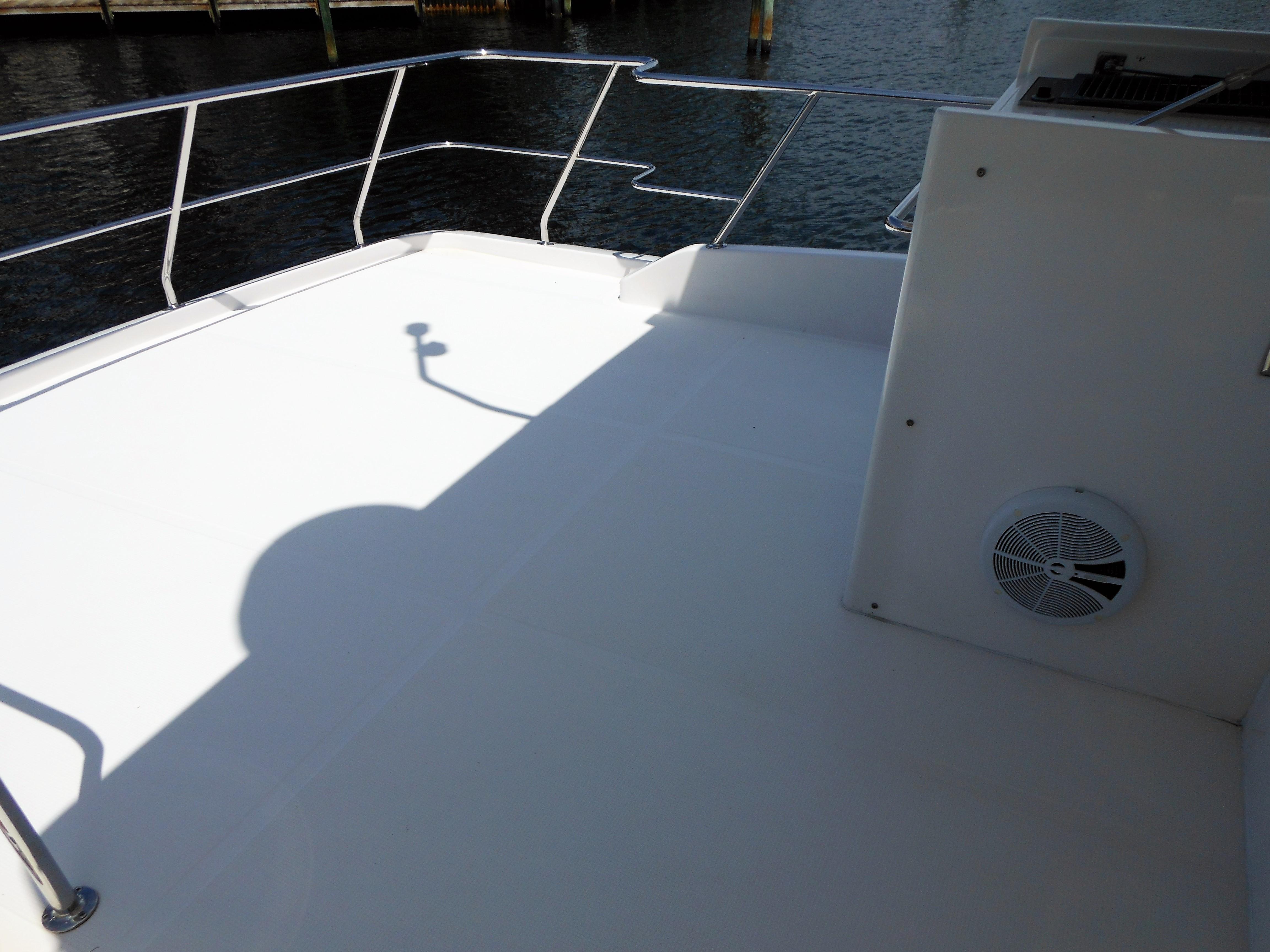 58 Symbol Fly- bridge aft deck