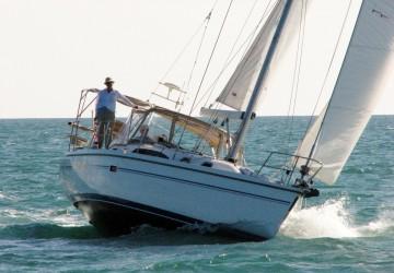 Lila Jean 37' Catalina 2009
