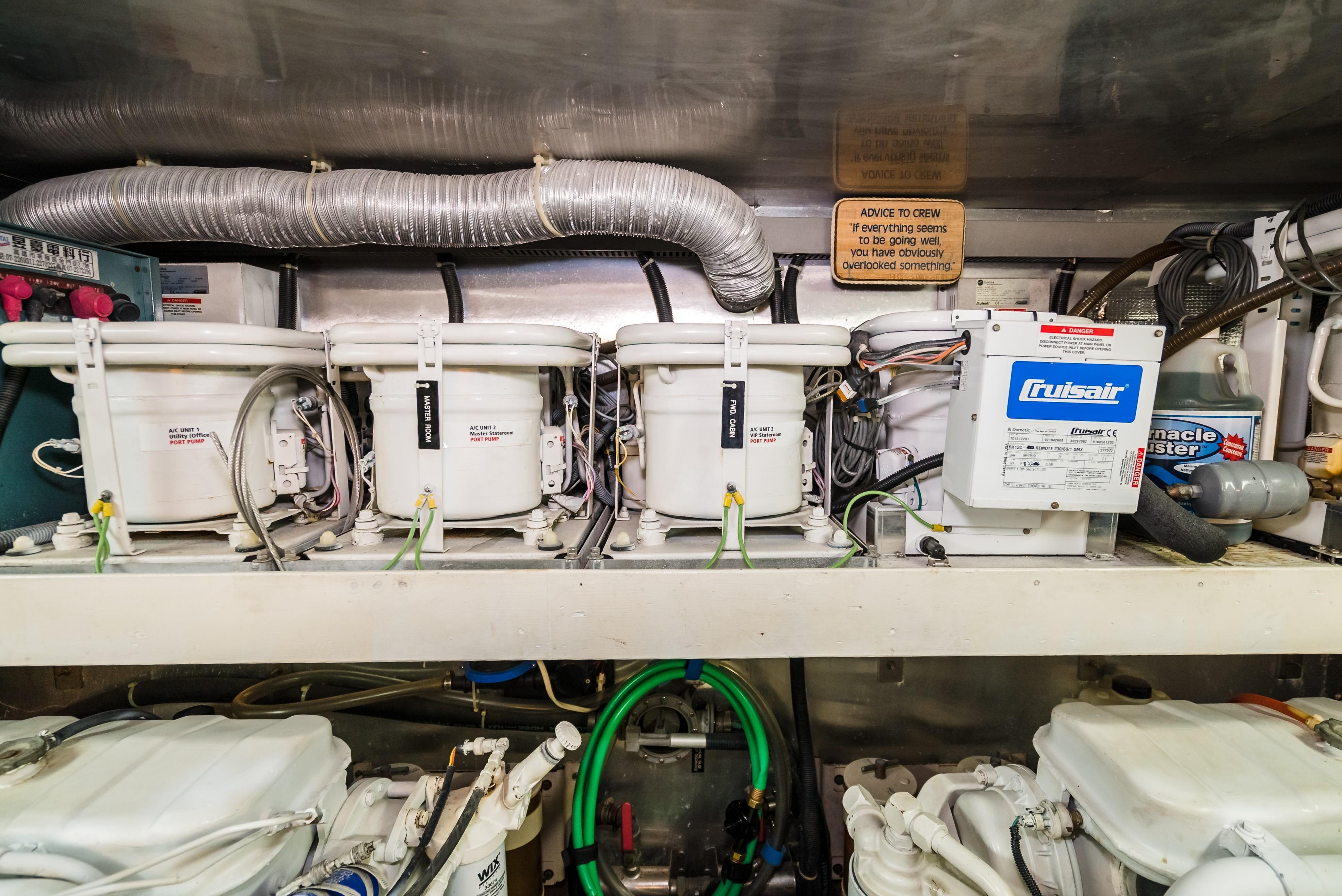 55 Monte Fino 2000 Ocanos Fort Lauderdale Florida Marine Ac Dock Wiring Panel Air Conditioners