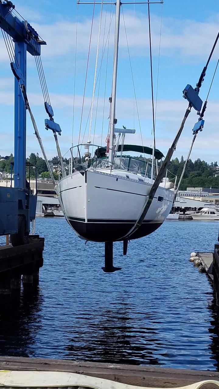 6262518_20170608122617437_1_XLARGE 36 beneteau 2001 the neightborhood seattle, washington Hatteras Sportfish 45C at readyjetset.co