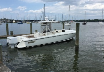 Sizzles 32' Intrepid 1999