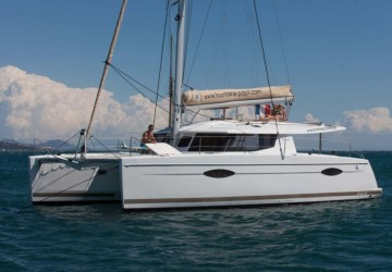 44' Fountaine Pajot 2013