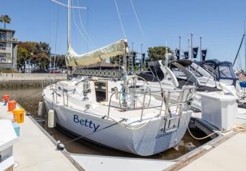 32' J Boats 2001