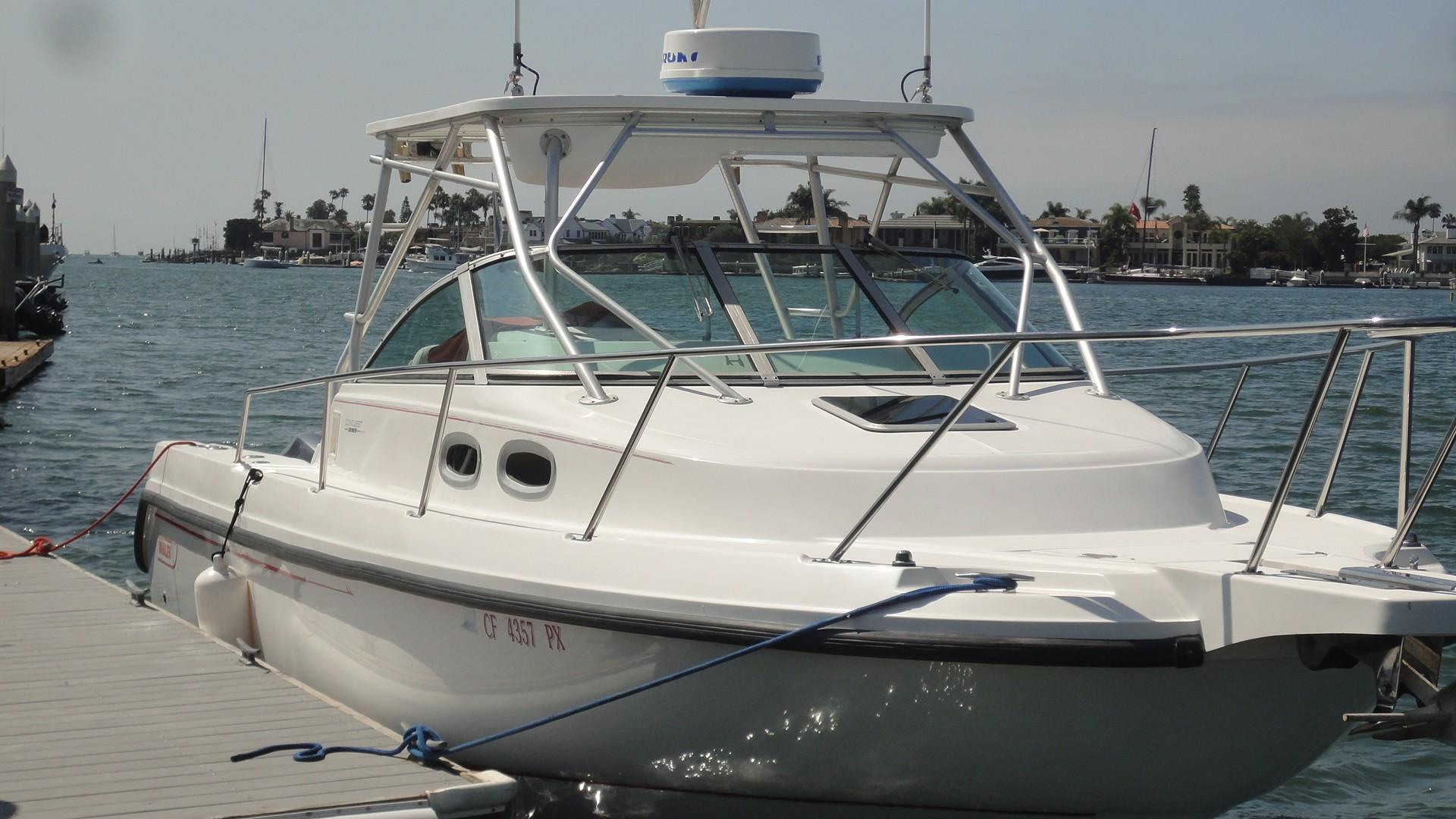 29 Boston Whaler Commotion II 2002 Newport Beach | Denison Yacht Sales