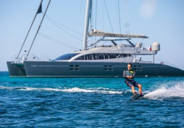 Cartouche 95' Blue Coast Yachts 2011
