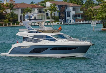 The Lyn 55' Sea Ray 2018