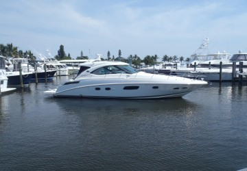 Venture Out 43' Sea Ray 2009