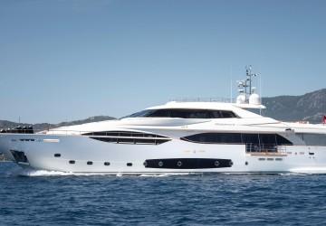 124' Ferretti Yachts 2013