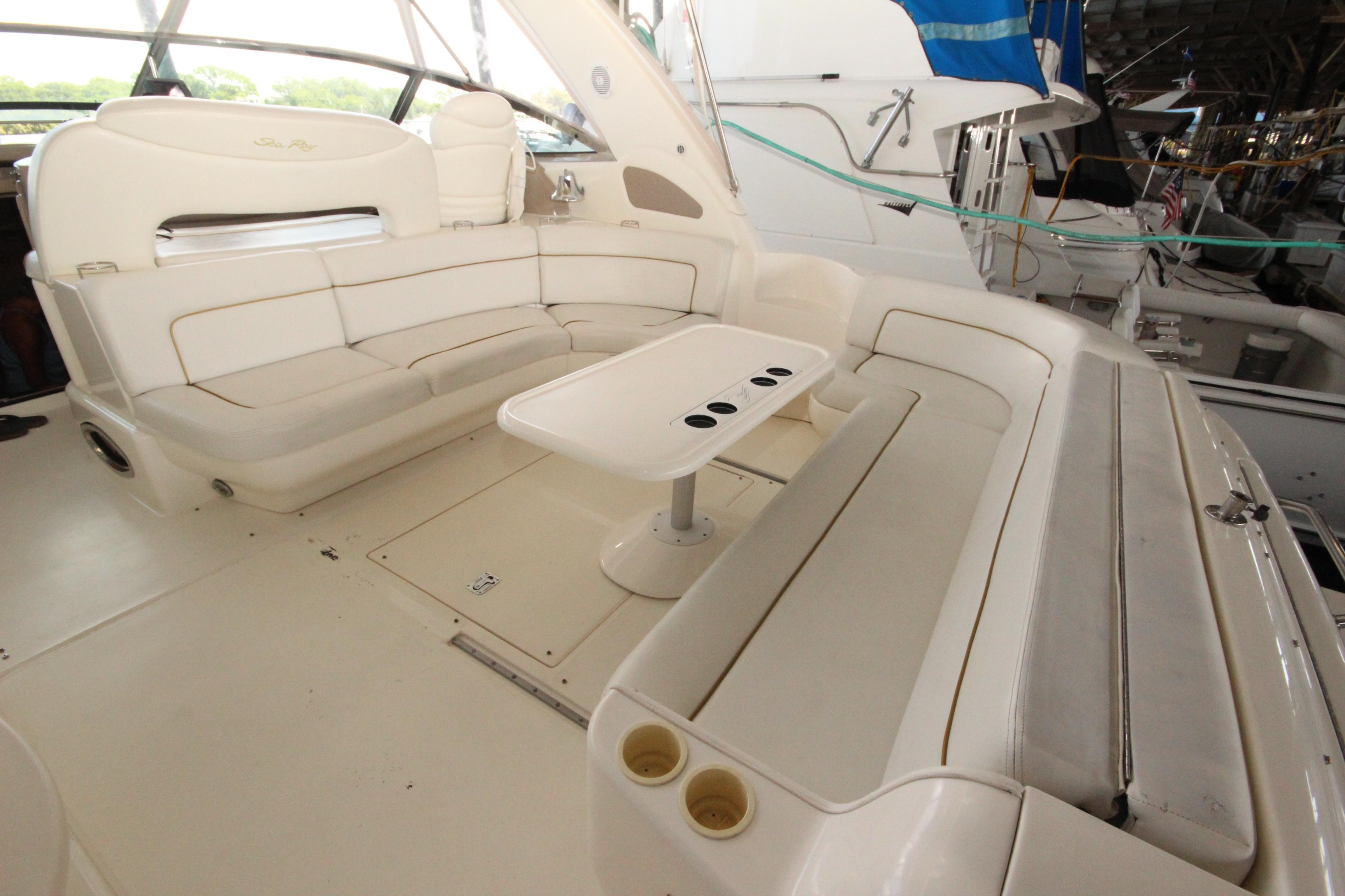 46 Sea Ray Cockpit 1