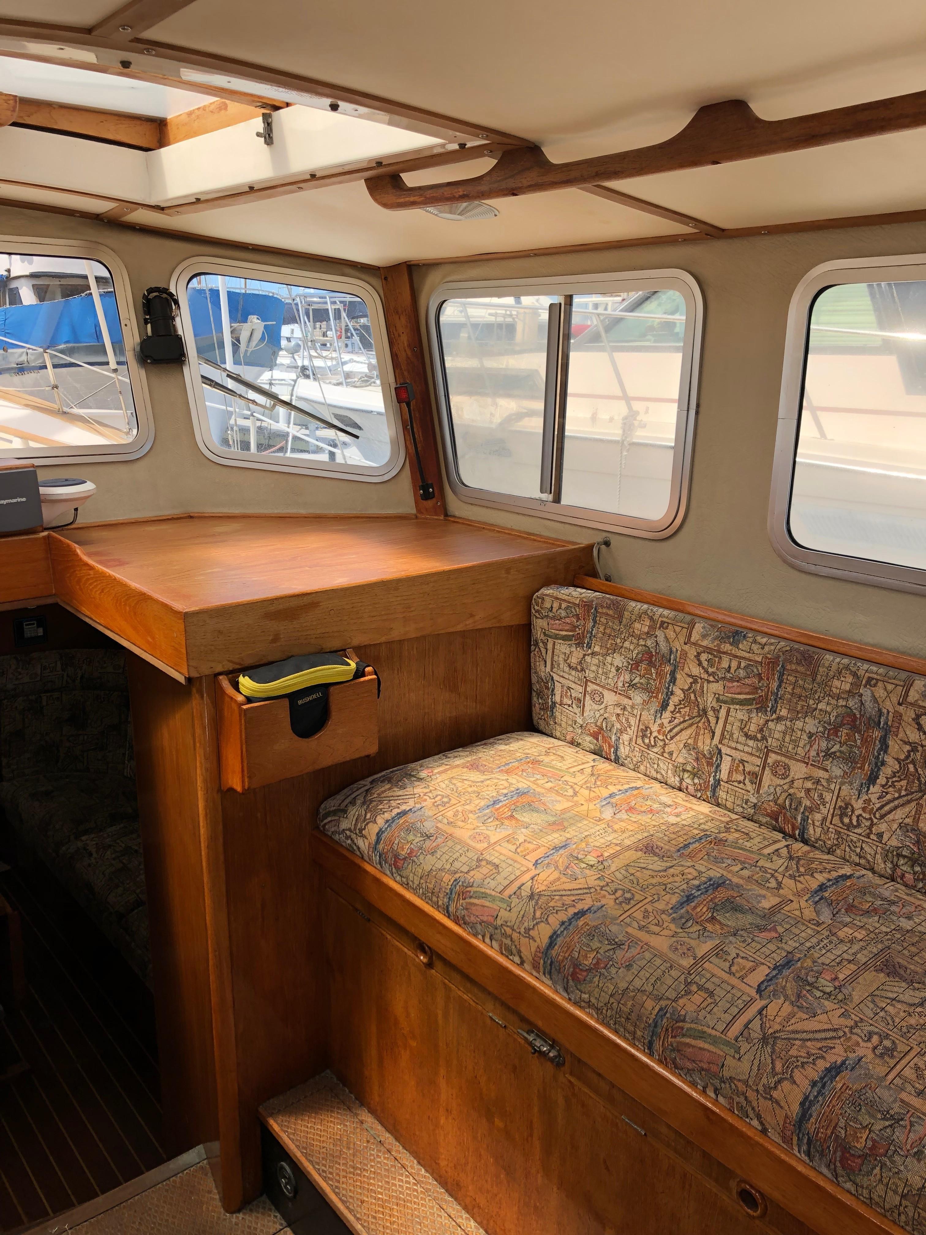 34 Fisher Antares 1985 Alameda   Denison Yacht Sales