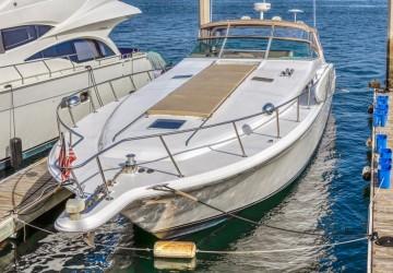 White Pearl 50' Sea Ray 1994