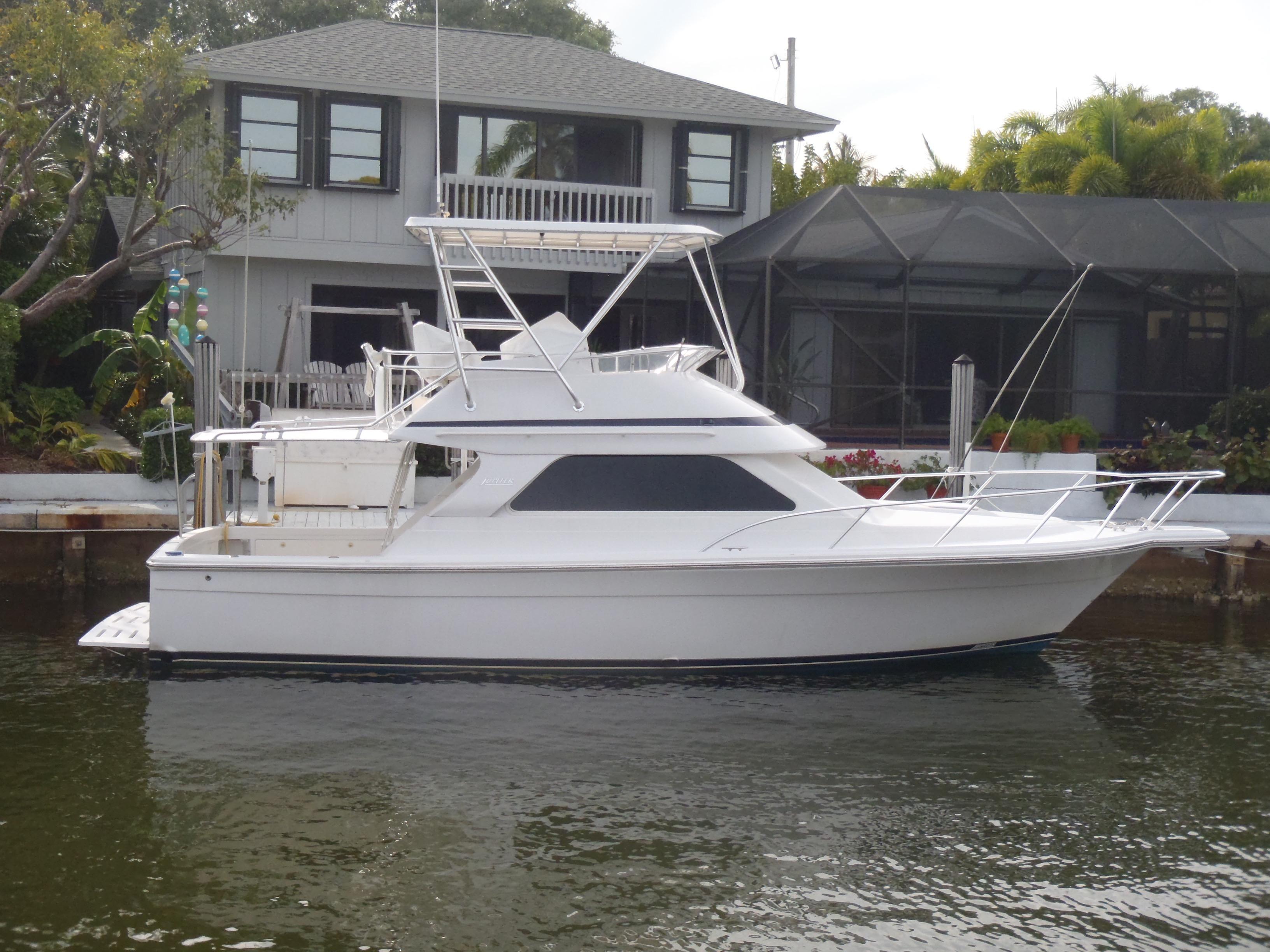 35 Jupiter 2002 Island Woman Jupiter Florida Sold On 2017 05 23 By