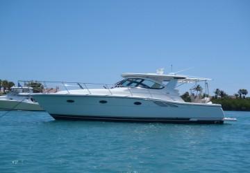 Romance 38' Tiara Yachts 2005
