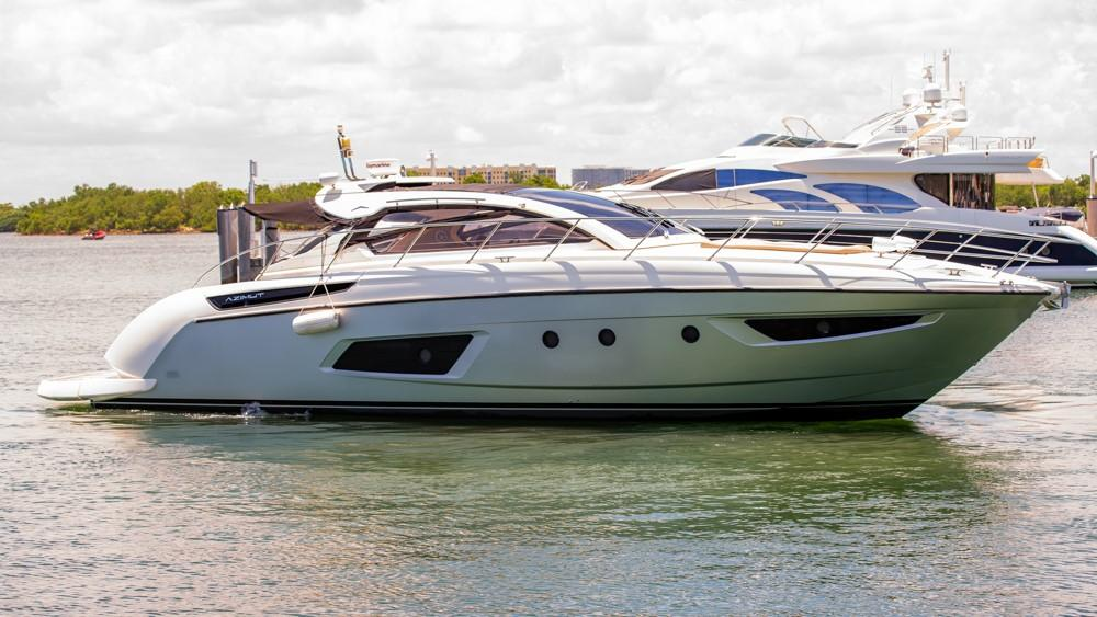 48 Azimut Spectrum 2013 Miami Beach   Denison Yacht Sales