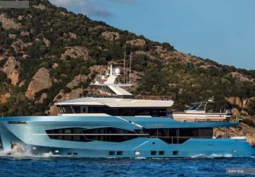 32xp Hull #5 105' Numarine 2020