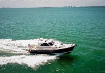 Lady Z 32' Legacy Yachts 2016
