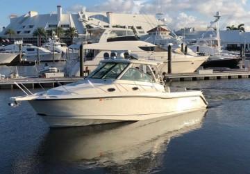 34' Boston Whaler 2012