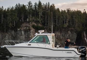 28' Boston Whaler 2015