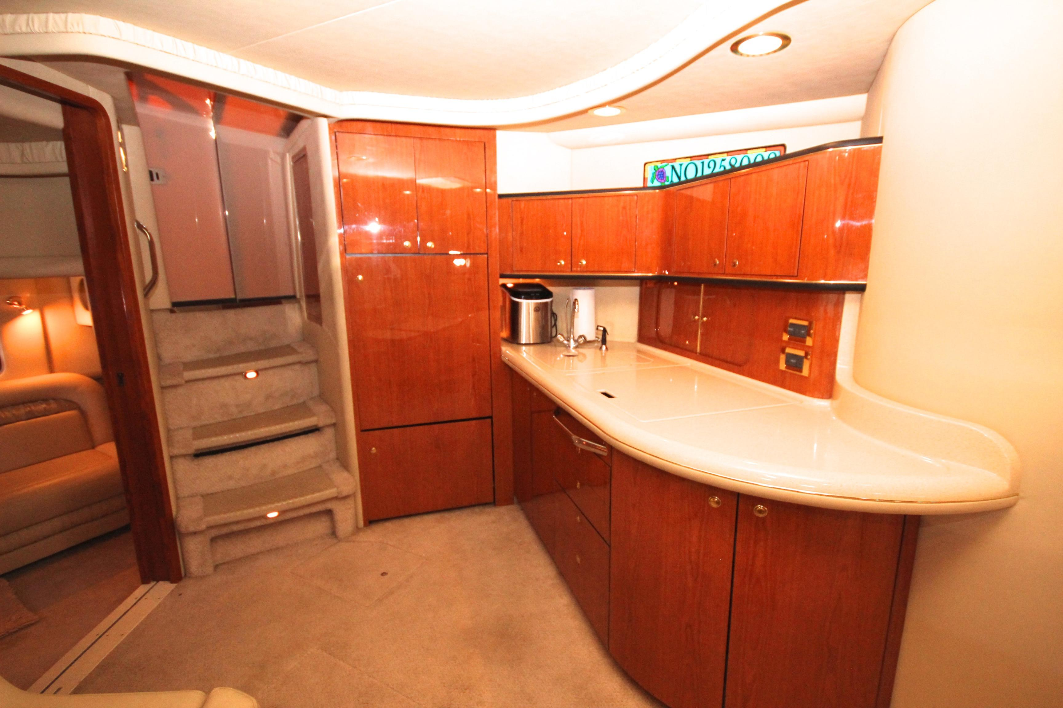 46 Sea Ray Salon Looking Aft