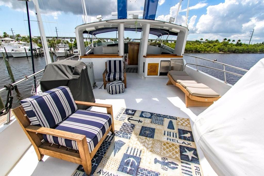 112 Benetti upper deck 3