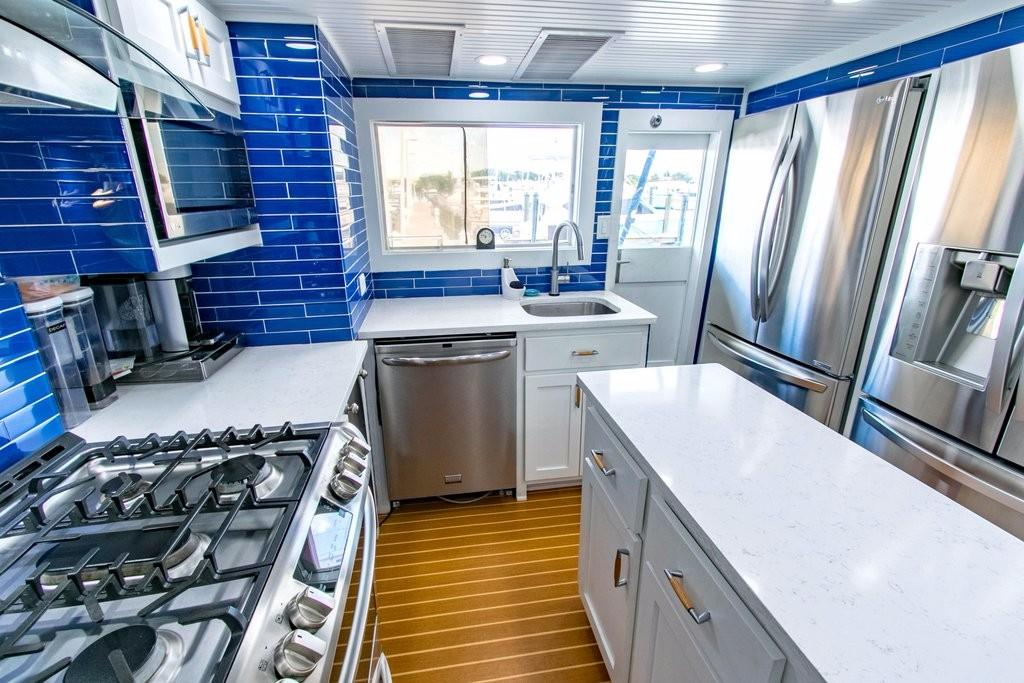 112 Benetti galley 5